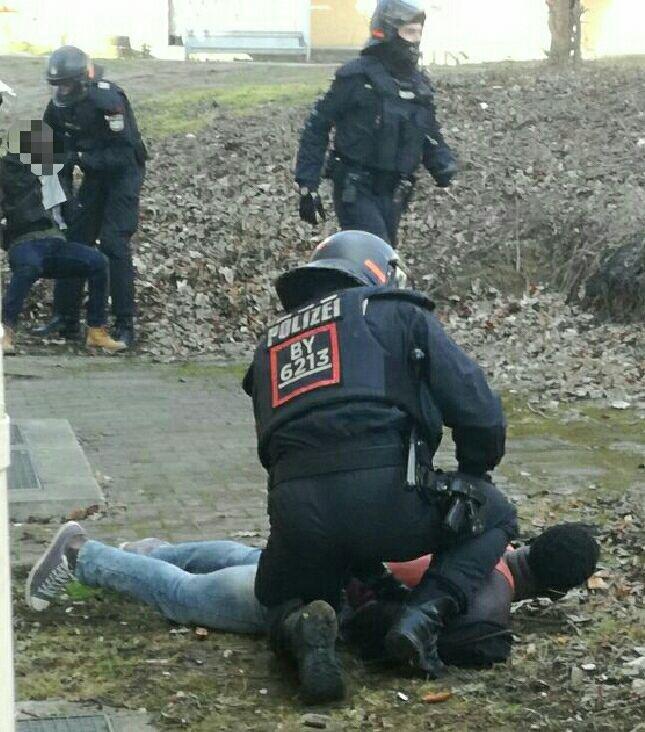 Donauwörth: Massive Polizeigewalt gegen Geflüchtete